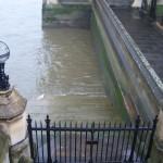 Portao de entrada para o rio Tamisa