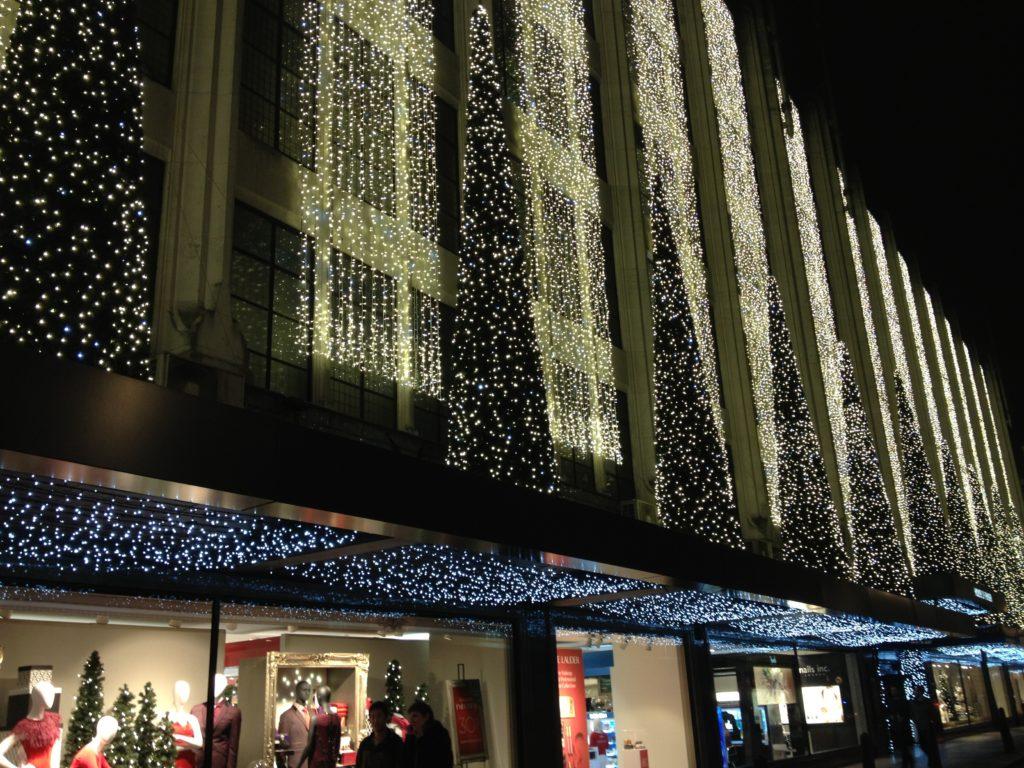 Luzes de Natal em Oxford Street - Selfridge Store